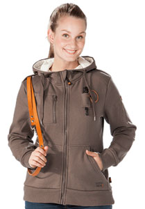 GoodBoy_Sweatjacke_Fyn_Damen_cappuccino_Model_besticken